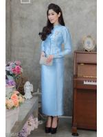 (Size M,L,XL,2XL,3XL,4XL,5XL) ชุดไทยจิตรลดา ชุดแม่เจ้าสาว ชุดแม่เจ้าบ่าว ชุดไปงานบุญงานบวชสีฟ้า Set เสื้อผ้าไหมกระดุมหน้า บ่ายกจีบตรงหัวไหล่มาพร้อมกระโปรงทรงสอบยาวผ่าหน้า มาพร้อมซับในทั้งตัว รุ่นนี้ทางร้านตั้งใจทำสุดๆ ทั้งแบบและคัตติ้งปราณีตที่สุด