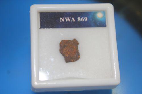 อุกาบาต NWA 869