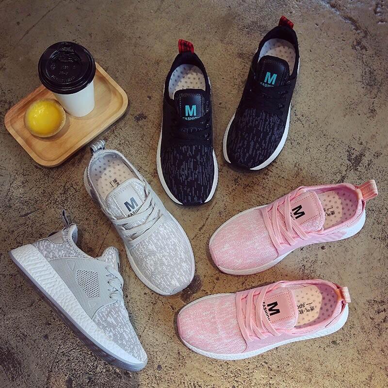 รองเท้าผ้าใบแฟชั่นทรง Sport