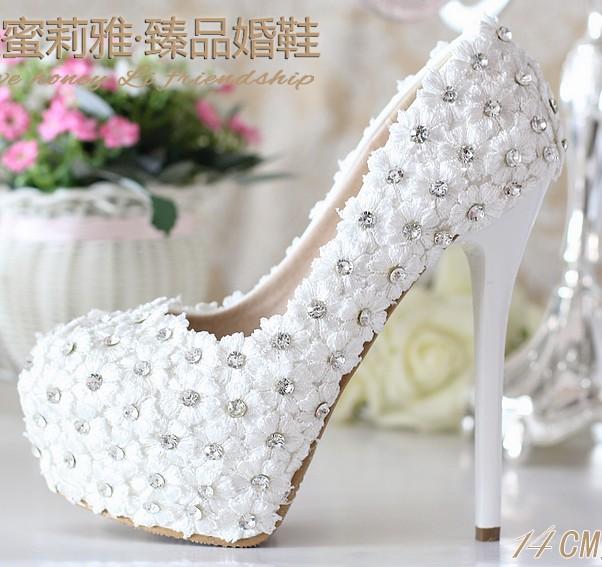 รองเท้าเจ้าสาว ไซต์ 34-39 ส้นสูง 8-14 ซม.