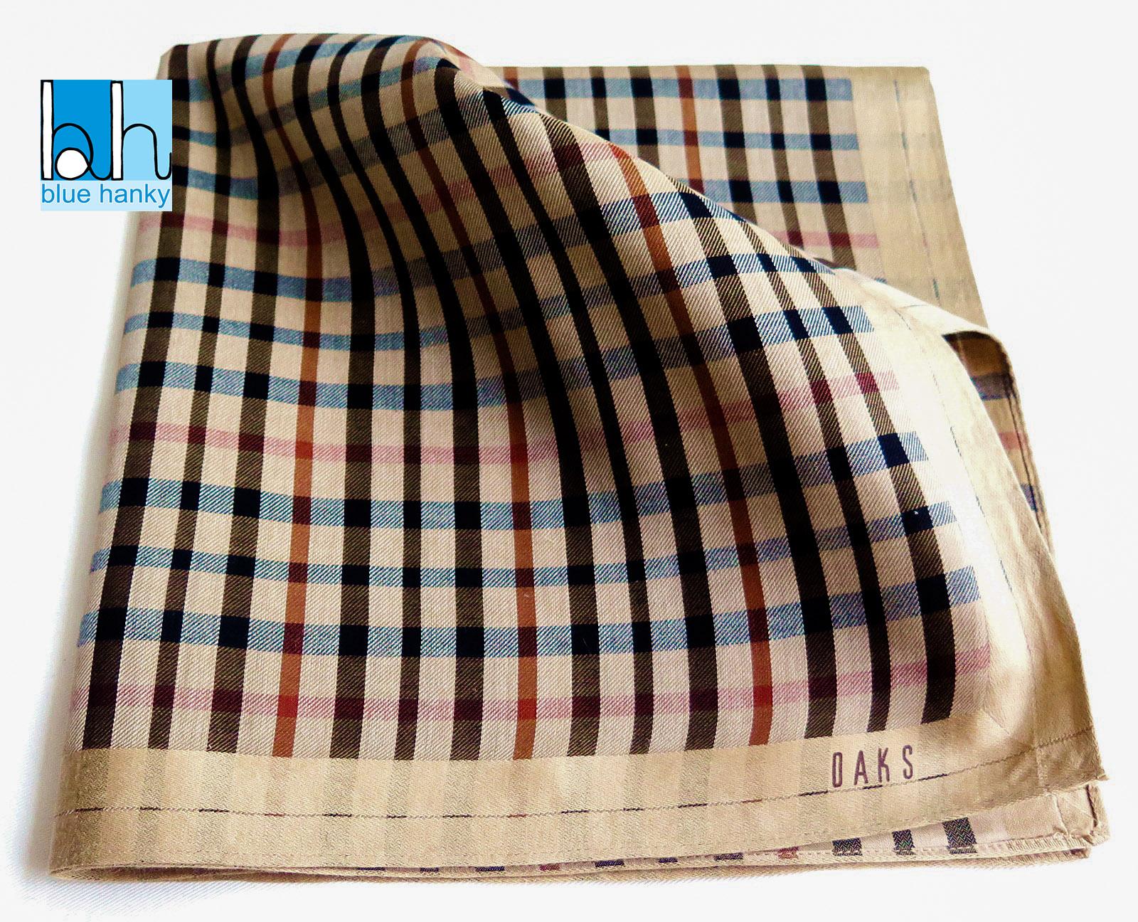 """#178 19"""" DAKS ผ้าเช็ดหน้ามือ2 สภาพดี ผ้าเช็ดหน้าผืนใหญ่"""