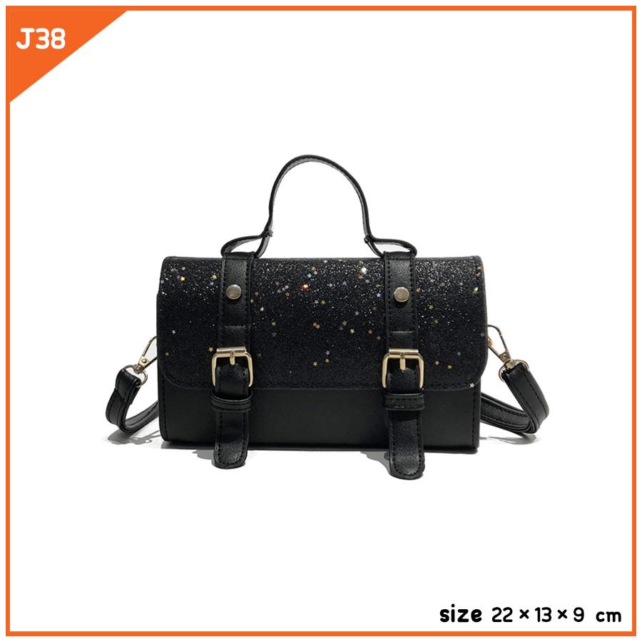 J38-สีดำ