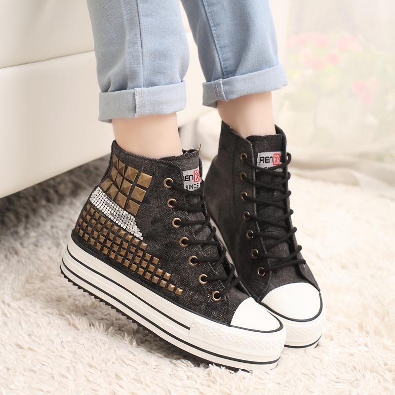 รองเท้าผ้าใบแฟชั่นผู้หญิง สูง 5 ซม. ขนาด 35-39 (พรีออเดอร์)