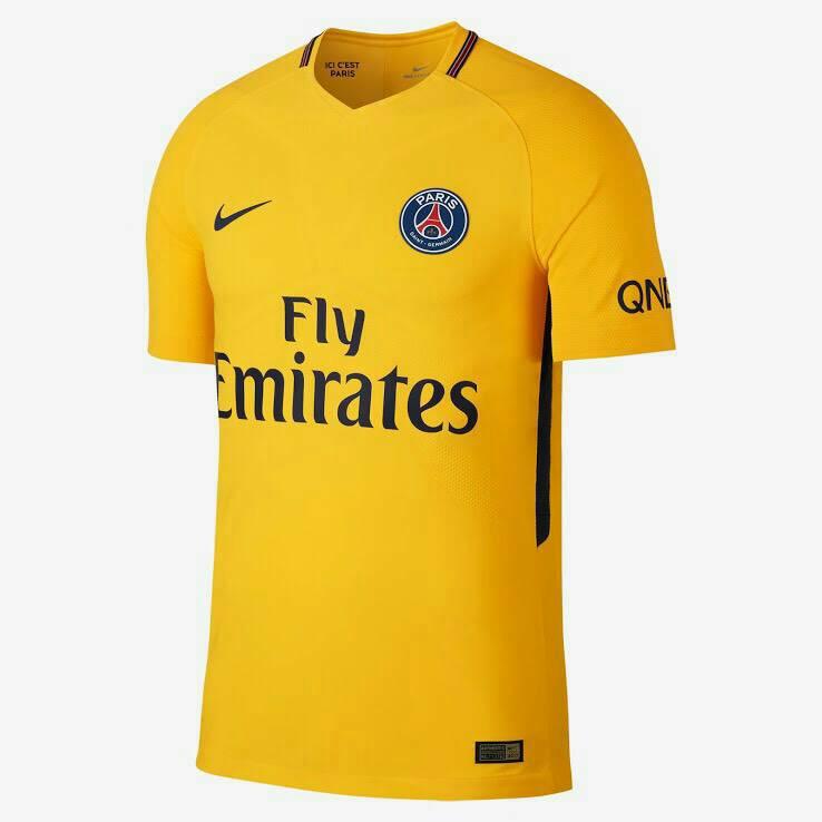 ชุดบอลทีม ปารีสแซงแชแมงค์ เยือน2017-2018