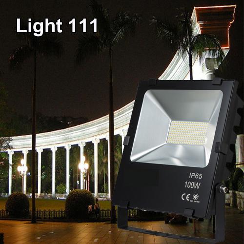 สปอร์ตไลท์ LED 100w (มอก.)แสงสีวอมไวท์ (รุ่นใหม่)