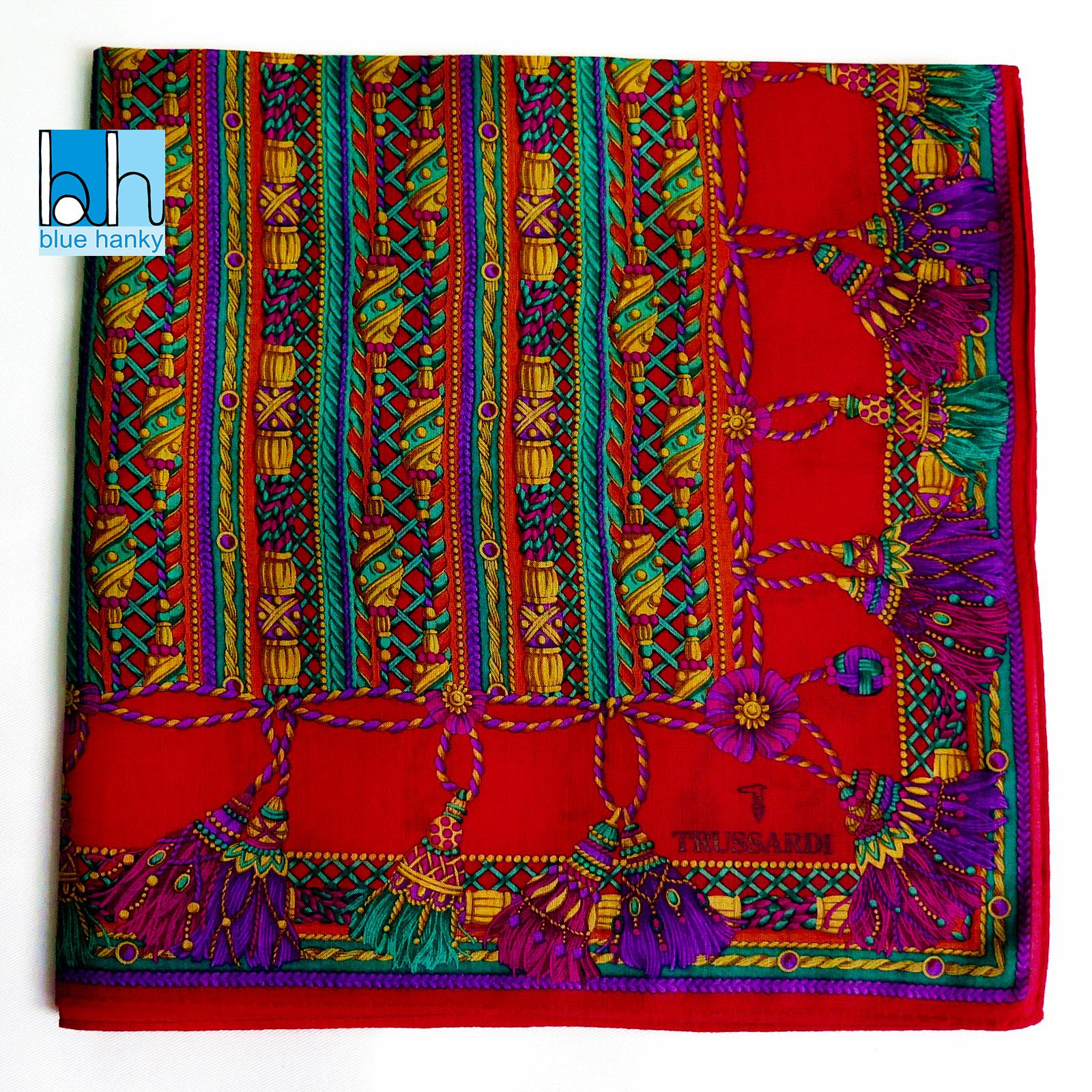 """#144 19"""" TRUSSARDI ผ้าเช็ดหน้ามือ2 สภาพดี ผ้าเช็ดหน้าผืนใหญ่"""