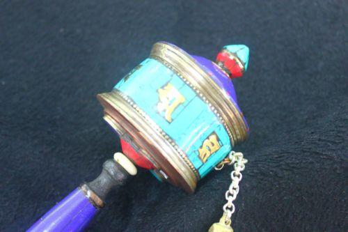กงล้อมนตราแบบถือ (Mani lhakhor Prayer Wheel )