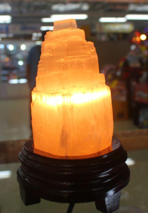 โคมไฟเซเลไนต์ ( Selenite )
