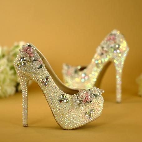 รองเท้าเจ้าสาว ไซต์ 34-42 ส้นสูง 6,8,11,14 ซม.