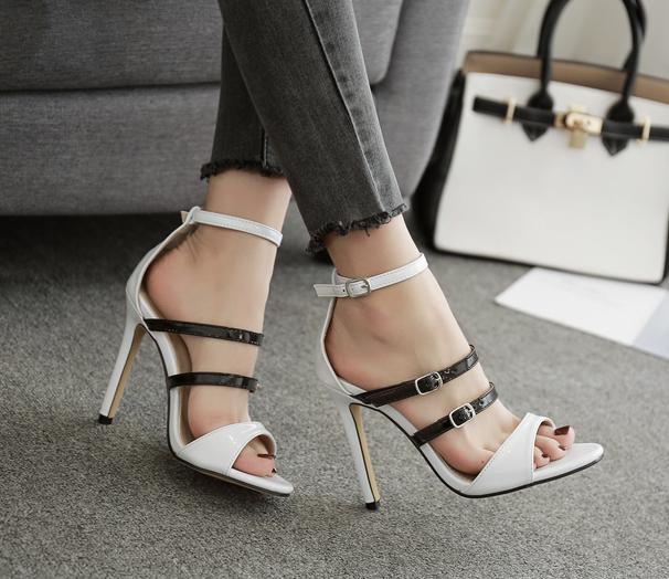รองเท้าส้นสูงไซต์ 35-40