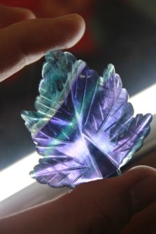ใบเมเปิ้ลฟลูออไรท์ (Fluorite)