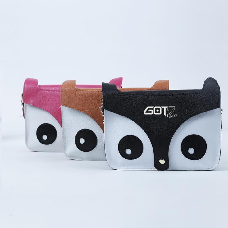 กระเป๋าสะพายข้างใบเล็ก GOT7 -ระบุสี-