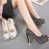 รองเท้าส้นสูง ไซต์ 34-39 สีดำ สีเงิน