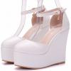 รองเท้าส้นเตารีดสีขาว ไซต์ 34-41