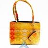 ของขวัญให้ผู้ใหญ่ กระเป๋าถือ size S แบบ 80 สีเหลืองทองลายไทย