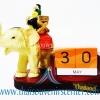 สินค้าพรีเมี่ยม ช้างทรงเครื่องกับปฏิทิน แบบที่ 36