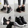 รองเท้าผ้าใบเสริมส้น ไซต์ 35-39 สีดำ/ขาว