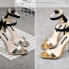 รองเท้าส้นสูง ไซต์ 35-40 สีเงิน/ทอง