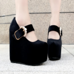 รองเท้าส้นเตารีดสีดำกำมะหยี่ ไซต์ 34-38