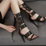 รองเท้าส้นสูงหนังสีดำแบบเท่ไซต์ 35-40