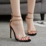 รองเท้าส้นสูงแบบเก๋สีน้ำตาล ไซต์ 35-40