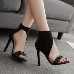 รองเท้าส้นสีสีดำแบบเก๋ ไซต์ 35-40