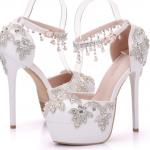 รองเท้าเจ้าสาวสีขาวติดคริสตัลเพชร์ ไซต์ 34-41
