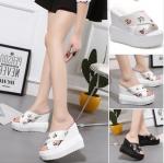 รองเท้าส้นเตารีด ไซต์ 34-39 สีขาว,ดำ