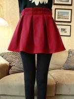(สีแดงเข้ม)กระโปรงสั้นแฟชั่นเกาหลี จีบทวิส สีแดงเข้ม ผ้ากำมะหยี่หนา เอวยืด (ใหม่ พร้อมส่ง) ladyshop4U