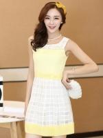 (สีเหลือง)ชุดเดรสแซกสั้นแฟชั่นเกาหลี คอกลม แขนกุด ช่วงอกสีเหลืองสลับขาว ผ้าชีฟองผสมผ้าแก้ว มีซับใน ซิปหลัง (ใหม่ พร้อมส่ง) ร้าน Ladyshop4u