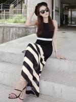 (สีดำ)ชุดเดรสแซกยาวแฟชั่นเกาหลี แม็กซี่เดรส (Maxi Dress) สีดำ สายเดี่ยว แขนกุดเว้า ผ้าชีฟองซับใน ซิปข้าง กระโปรงลายขวาง(ใหม่ พร้อมส่ง) ร้าน Ladyshop4u