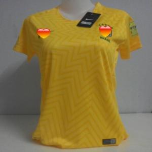 เสื้อบอลหญิงทีมชาติบราซิลเหย้า