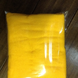 ผ้าห่มไหมพรมพระ สีเหลือง/ สีกรัก 120x180ซม ผืนละ 90 บาท ส่ง 100ผืน