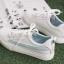 YUANBO รองเท้าผ้าใบหนังนิ่มสีขาวคาดสีฟ้า ได้เชือก 2 คู่(สีขาว+สีฟ้า) thumbnail 11