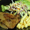 สเต็กหมูพริกไทยดำ
