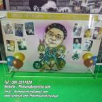 048-มิกซ์รูป วาดการ์ตูนและทำรูปหัวโตโยกเยก 1 หัว 12x18 นิ้ว กรอบอะคริลิค 2 ชั้น