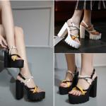 รองเท้าส้นสูง ไซต์ 35-39 สีดำ สีขาว
