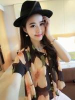 (สีดำส้ม) เสื้อทำงานแฟชั่นเกาหลีออฟฟิศ เสื้อทำงานคอปก แขนสั้น เสื้อสีดำลายดอกสีส้ม กระดุมผ่าหน้า มีเสื้อซับใน (ใหม่ พร้อมส่ง) ร้าน LadyShop4U