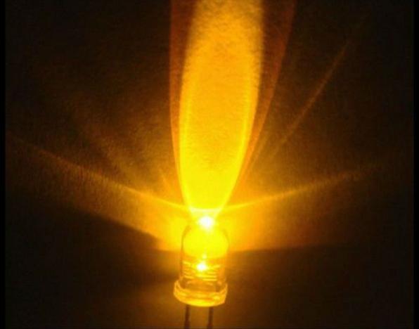 LED ขนาด 5mm สีเหลือง จำนวน 5 ดวง คละแบบ