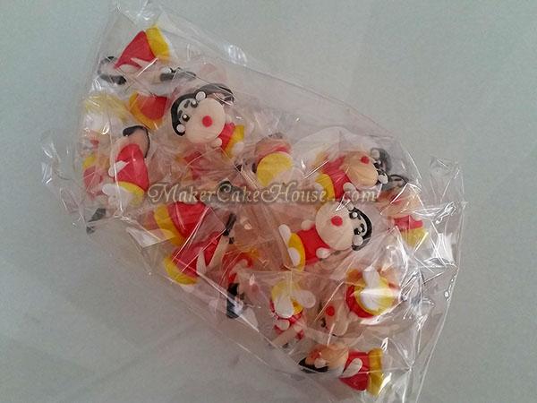 ตุ๊กตาไอซิ่งรูปชินจัง ( 20 ชิ้น )