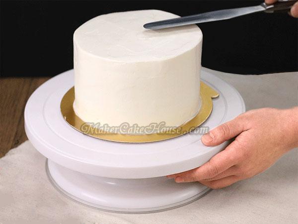 ฐานรองเค้ก หรือแป้นเค้กหมุนได้