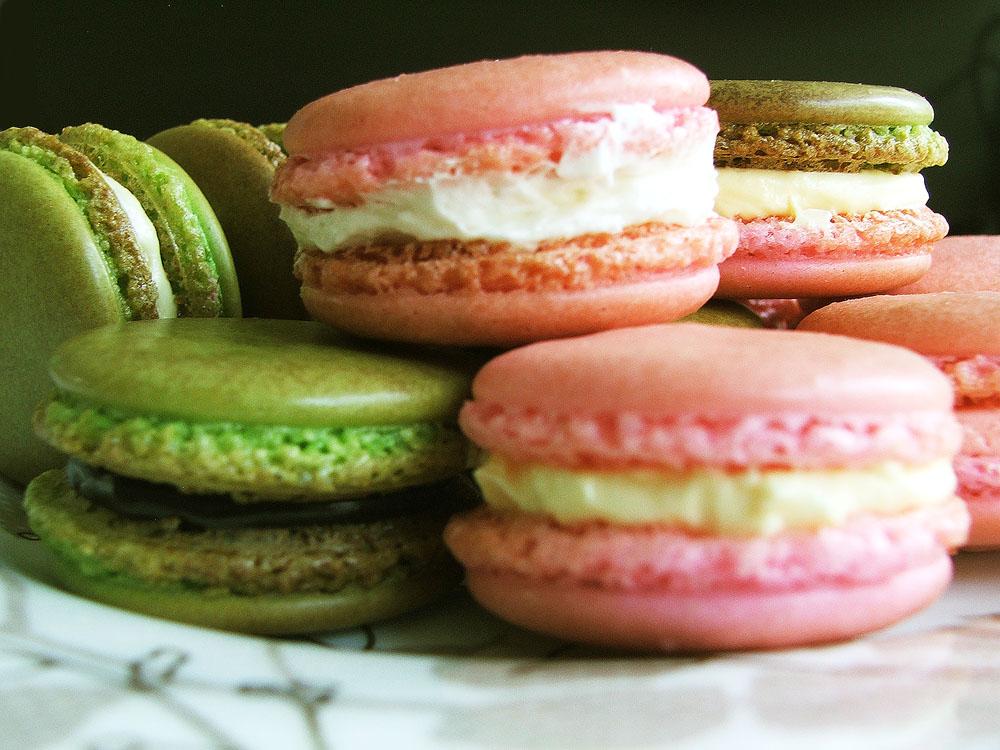 สูตรและวิธีทำมาการอง (Macaroon) by Maker Cake House