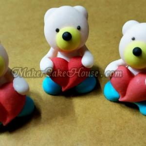 ตุ๊กตาไอซิ่งรูปหมีกอดหัวใจ ( 9 ชิ้น )